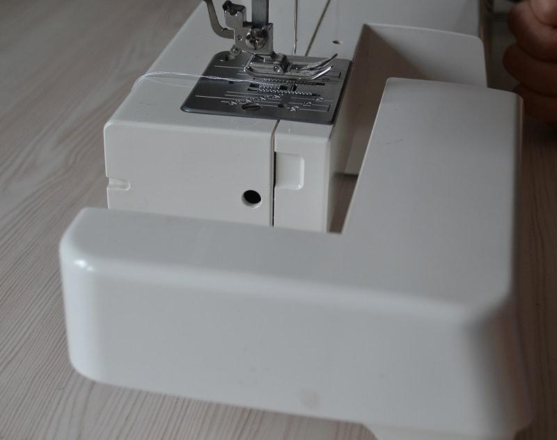 Съемный столик швейной машины